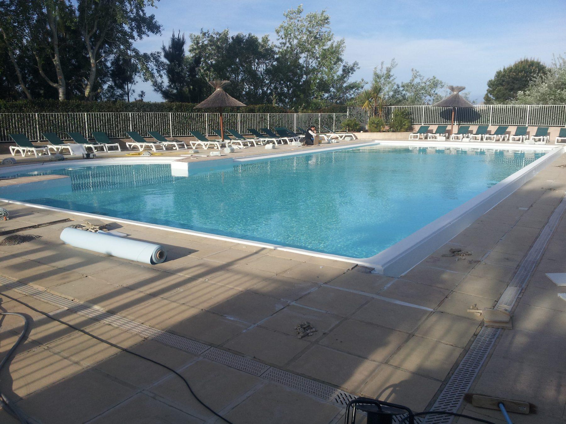 Rénovation piscine béton Gard, Grau du roi