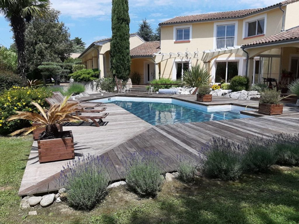 rénovation piscine traditionnelle à Toulouse