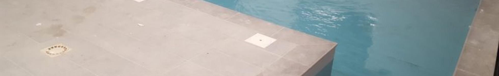 Pose pvc armé piscine intérieure